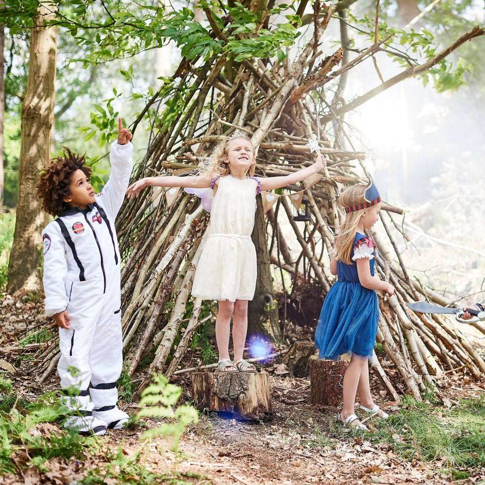 Landall woodland models posing for hoseasons photoshoot from sandra reynolds juniors